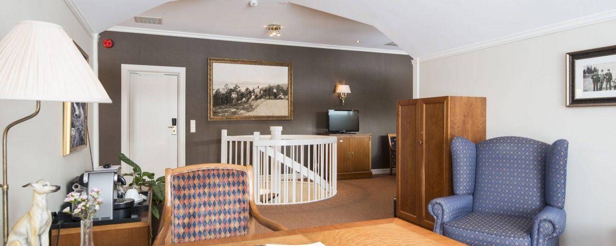 Stue i suite på Losby Gods