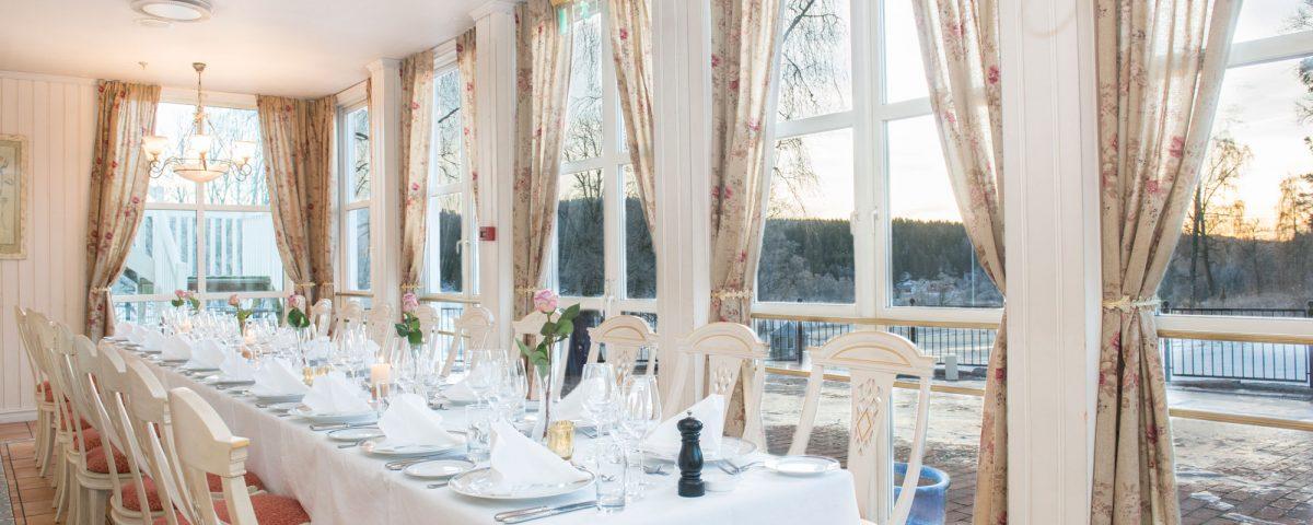 Vinterhagen - en av stuene i restauranten på Losby Gods