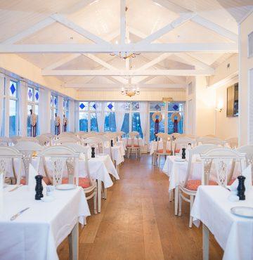 Godsstuen er den største av de fire restaurantstuene på Losby Gods
